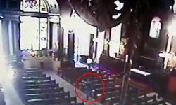 มือปืนกราดยิง กลางวิหารคาทอลิกบราซิล 5 ศพ ก่อนยิงตัวตายตาม