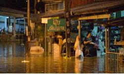 ควนขนุนจมบาดาล! ท่วมแล้วกว่า 200 ครัวเรือน ระดับน้ำสูง 1.2 เมตร หลังไม่ท่วมหลายสิบปี
