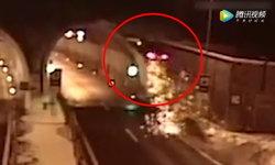 ชายหลับใน ควบเก๋งพุ่งทะยานชนอุโมงค์ ตีลังกา 360 องศา เดชะบุญรอดตาย