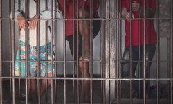 7 โจ๋ทรชนลวงเด็กสาววัย 13 ข่มขืนรุมโทรมคาห้องน้ำโรงเรียนกลางดึก