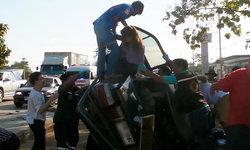 หวิดดับในวันฤกษ์ดี พ่อแม่ลูกขับรถคันเก่าไปรับเก๋งป้ายแดง โดนชนคว่ำที่หน้าโชว์รูม