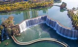 ใหญ่อลังการ น้ำตกยักษ์สร้างจากมือมนุษย์ แลนด์มาร์กน่าเที่ยวในคุนหมิง