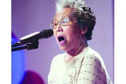 ฮือฮา! คุณยายชาวจีนเข้าประกวดร้องเพลงตามรอย ซูซาน บอยล์