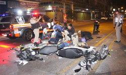 จักรยานยนต์ชนประสานงาสาหัส 1 ดับ 1 คนซ้อนท้ายรอดปาฏิหาริย์!