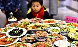 จะถูกลงโทษ! ครูจีนสั่งการบ้าน ห้ามนักเรียนน้ำหนักขึ้นเกิน 1 กิโลกรัม
