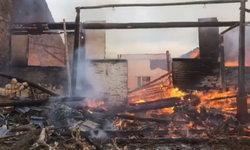 อุทาหรณ์ เด็กจุดประทัดเล่น ทำไฟไหม้บ้านเพื่อนบ้านวอดวายทั้งหลัง