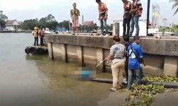 พบศพชายถีบสามล้อวัย 74 ปี ลอยกลางน้ำ คาดไม่ทันระวังลื่นหล่นน้ำดับ