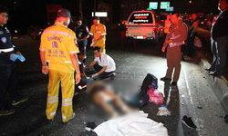 รถพ่วงหลับในพุ่งเสยกระบะไถลข้ามเกาะกลางถนน-สังเวยสาวใหญ่ 1 ศพ