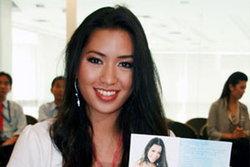 เวทีมิสไทยแลนด์เวิลด์ 2009 คึก ลูกสาว แอ๊ด บาว ร่วมประชันขาอ่อน