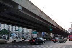 กทม.ปรับเวลาซ่อมสะพานข้ามแยก3แห่งใหม่เลื่อนไปช่วงปิดเทอม