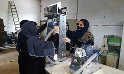 """นักเรียนหญิงอัฟกานิสถาน ประดิษฐ์ """"เครื่องช่วยหายใจ"""" ช่วยผู้ป่วย """"โควิด-19"""""""