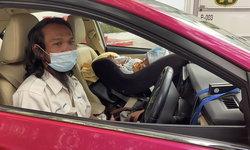 """เปิดใจ """"แท็กซี่พ่อลูกอ่อน"""" เอาลูกมาเลี้ยงบนรถ ยืนยันไม่ขอรับบริจาค"""