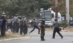 เมียนมาเดือด! ตำรวจสลายชุมนุมที่มัณฑะเลย์ ยิงดับ 2 ราย สาหัสอย่างน้อย 30 คน