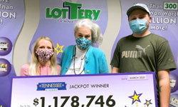 คนจะรวยช่วยไม่ได้! หนุ่มสหรัฐเจอล็อตโต้ที่หล่นหาย ถูกรางวัล 36.5 ล้านบาท