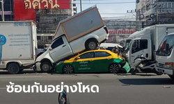 เทพารักษ์อย่างโหด ชนหลายคันรวด แรงจนกระบะส่งสินค้าขี่หลังแท็กซี่ รถยังติดหนึบ