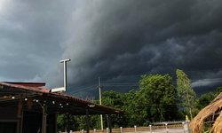 พยากรณ์อากาศวันนี้ กรมอุตุฯ เตือน ภาคเหนือ-กลาง-ตะวันออก-ใต้ ระวังฝนตกหนัก
