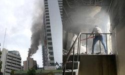 ควันโขมงกลางกรุง ไฟไหม้ตึกสิรินธร รพ.ราชวิถี ล่าสุด เพลิงสงบแล้ว