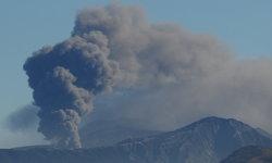 ภูเขาไฟอาโสะในญี่ปุ่นปะทุ ประกาศเตือนภัยระดับ 3 สถานกงสุลฝากถึงคนไทย