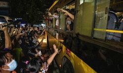 โลกงง? รัฐบาลทหารเมียนมาปล่อยตัวนักโทษการเมือง จับกลับไปขังอีก 110 คน