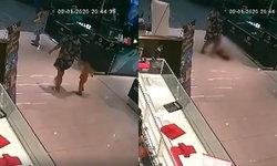 กราดยิงปล้นร้านทอง : ดับแล้ว 3 ศพ! เปิดคลิปปล้นร้านทองกลางห้างดัง เด็กน้อยล้มสิ้นใจต่อหน้าแม่