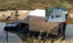 เปิดคลิปกระบะประสานงากระบะ สาวท้องแก่ซิ่งเบียดรถส่งสารเคมีกระเด็นตกคูน้ำ