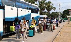 ปลอดโควิด-19! นักเรียนทุน AFS จากอิตาลี 83 คน กักตัวที่สัตหีบได้กลับบ้านแล้ว