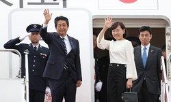 ภริยานายกฯ ญี่ปุ่นถูกวิจารณ์ยับ ร่วมกรุ๊ปทัวร์ไปศาลเจ้าช่วงโควิด-19 ระบาด