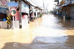 ลพบุรีได้รับเงินช่วยเหลือน้ำท่วมเป็นจังหวัด แรก