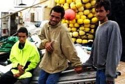 นิวซีแลนด์ช่วย 3 หนุ่ม หลังหลงมหาสมุทรกว่า 50 วัน