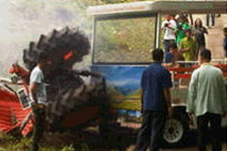รถคณะโฆษกสัญจรพลิกคว่ำที่แม่ฮ่องสอน แต่โชดดีไม่มีผู้ได้รับบาดเจ็บ