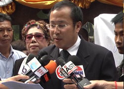 ตุลย์จี้ไทยพีบีเอสหยุดสร้างรายการพาดพิงสถาบัน