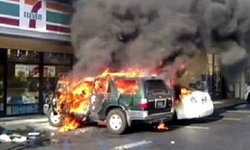 ขอทานสุดโหด! ปาวัตถุไวไฟใส่รถยนต์ แค้นถูกเมินให้เงิน