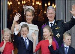 กษัตริย์เบลเยียมสละราชสมบัติให้พระราชโอรส