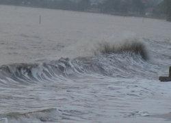 อุตุฯเผยไทยเริ่มมีฝนลดลงกทม.ตก40%-ทะเลคลื่นสูง