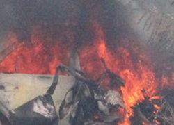 รถเก๋งไฟลุกท่วมกลางเมืองพิษณุโลก