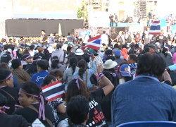 สื่อนอกตีแผ่!องศาการเมืองไทยยังเดือด