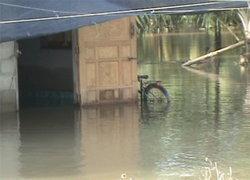สุราษฎร์ฯ อ่วมน้ำท่วมขังหลายจุด