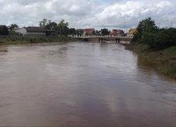กรมชลกั้นแม่น้ำยมกักน้ำใช้การเกษตรคาดแล้งเร็ว