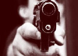 ปืนลั่นใส่หนุ่มคารถเก๋งบาดเจ็บที่ขาซ้าย