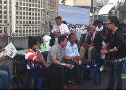 ชุมพล-พุทธิพงษ์นำมวลชนปิดล้อมกรมอุตุฯเก่า