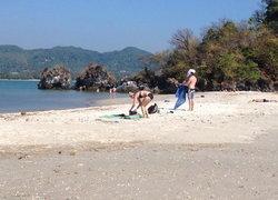 นักท่องเที่ยวไทย-ต่างชาติแห่เที่ยวทะเลแหวก2