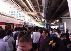 รถไฟฟ้าBTSอุดมสุขขัดข้องคนล้นทุกสถานีเร่งซ่อม