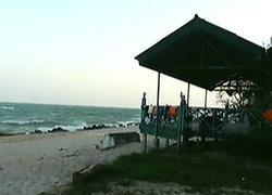 คลื่นหาดค่ายนเรศวรซัดน.ศ.เทคโนฯสยามดับ3เจ็บ9