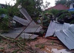 พายุซัดศรีสะเกษบ้านพังกว่า500หลัง