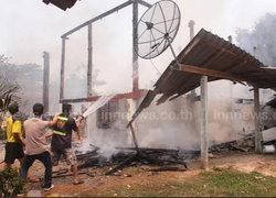 ไฟไหม้โรงงานทำแคบหมู วอดกว่า 1 ล้าน