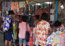 เศรษฐกิจซบเซาทำยอดขายเสื้อลายดอกตก