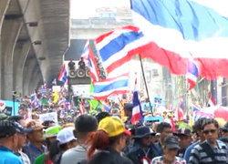 ดุสิตโพลมองการเมืองไทยวิกฤตคนแตกแยกศก.ชะงัก