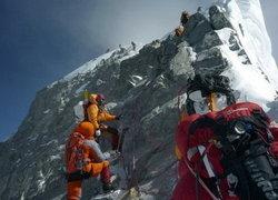 หิมะเอเวอเรสต์ถล่มตาย6-เร่งหา9คนสูญหาย