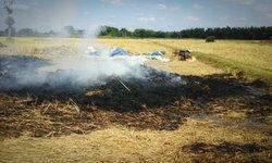 ญาติใจสลาย เด็ก 4 ขวบมุดฟางซ่อนแอบ ไฟลุกปริศนาตายในกองเพลิง