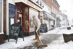 คาดหิมะตกหนักในอังกฤษทำเศรษฐกิจเจ๊ง 50,000 ล้านบาท